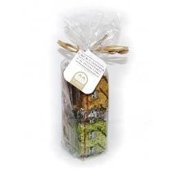 Almond and pistachio crisps bag